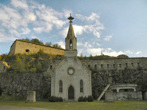 00027_forteB_chiesa_estate.jpg