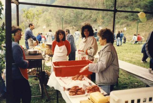 00209_FF_assProCultura_festa_paesana_1989.jpg