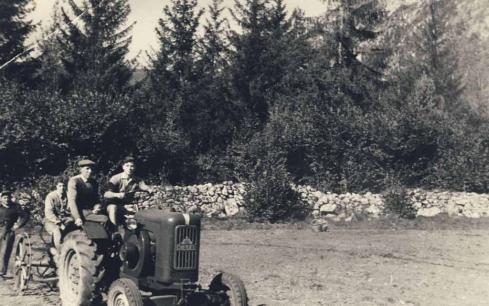 00237_sk_contadini_pivetta_circa1938.jpg