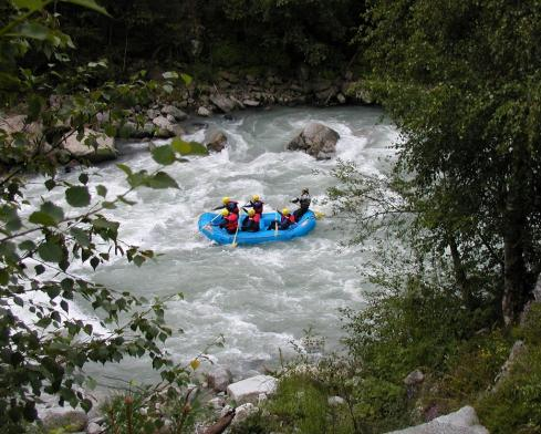 00265_eisack_rafting.JPG